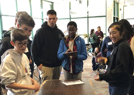 Jesuit Student Government Hosts Day of Leadership Training for Middle Schools