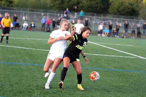 Sydney Collins '18 Named Gatorade State Girls Soccer Player of the Year