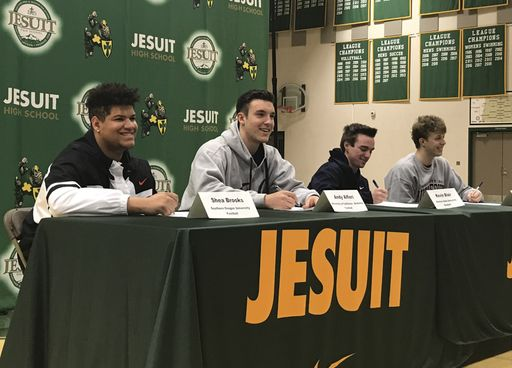 Edison and Jesuit Student-Athletes Sign to Colleges